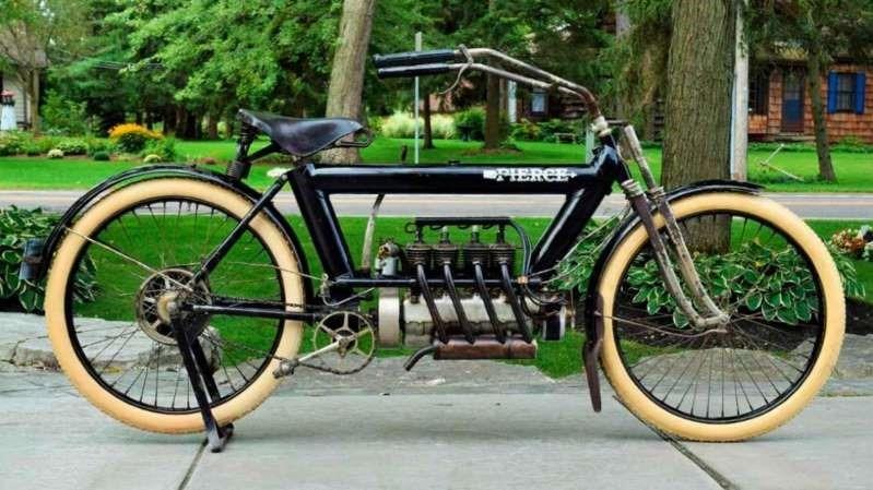 En este momento estás viendo Parece una bicicleta modificada, pero es una moto de más de 100 años de antigüedad