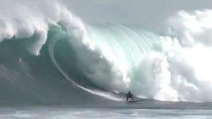 Las olas más grandes y peligrosas del mundo: Dungeons, la 'mazmorra' del surf XXL