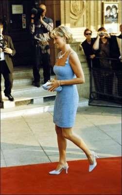 Esta es la triste razón por la que la Princesa Diana se negó a utilizar Chanel por años