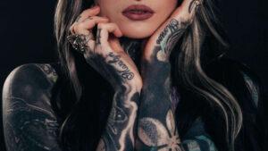 Lee más sobre el artículo Tatuajes: ¿cómo borrarlos? La técnica que eligió Mica Tinelli