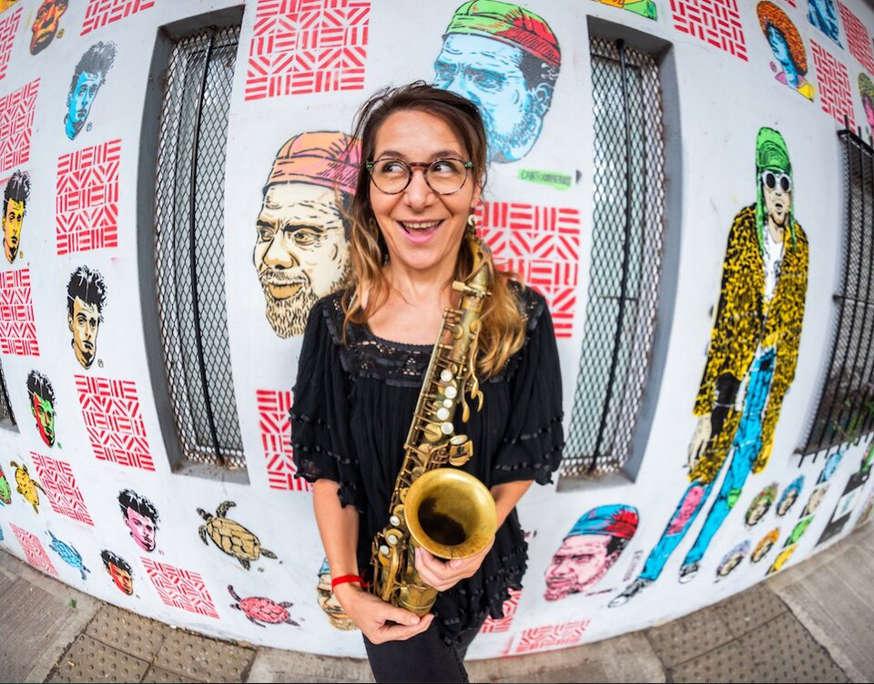 La saxofonista Yamile Burich acaba de editar «Bardo»