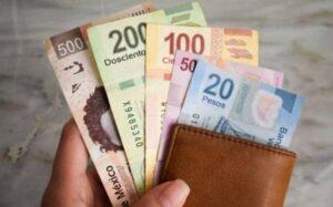 Lee más sobre el artículo Revisión al alza: cuál es el nuevo aumento de sueldos que quiere el Gobierno para este año