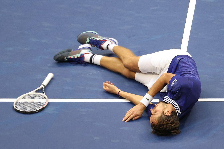 En este momento estás viendo Nota Daniil Medvedev derrota a Djokovic y conquista el US Open
